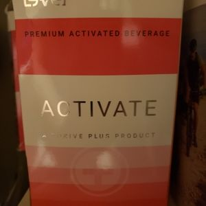 1 box Le-vel Thrive Activate Cherry Drink 30 pk